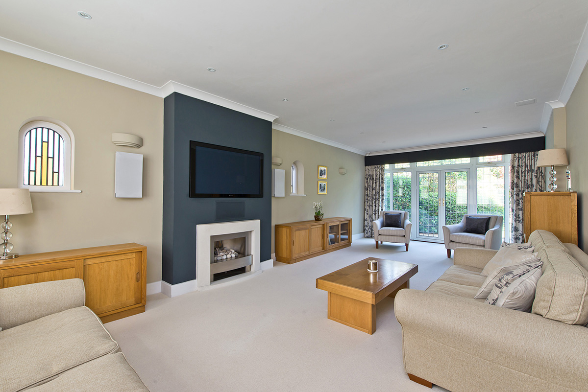 4 bedroom detached home