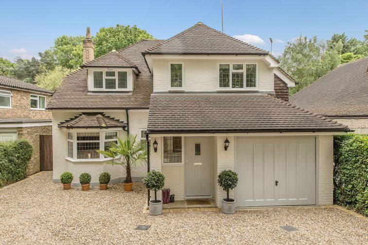4 bedroom detached house for sale Oxshott