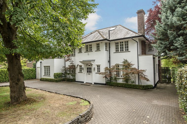 6 bedroom detached home Esher Place Avenue