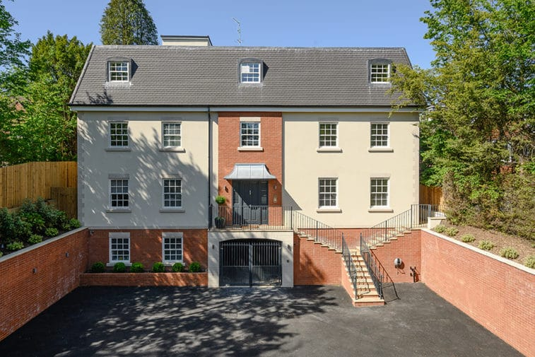 3 bedroom apartment for sale – Esher (7)