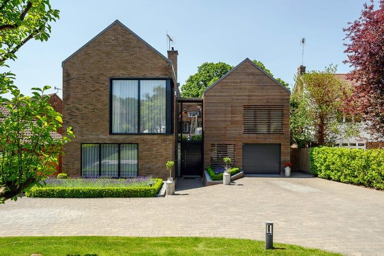 5 bedroom detached house for sale – Cobham
