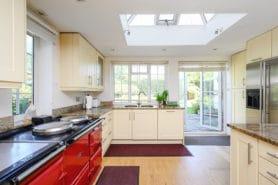 6 bedroom detached house for sale – Oxshott