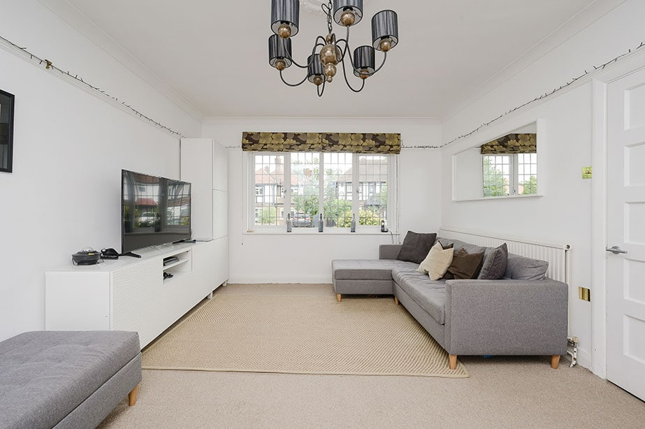 4 Bedrooms, Hinchley Drive, Esher