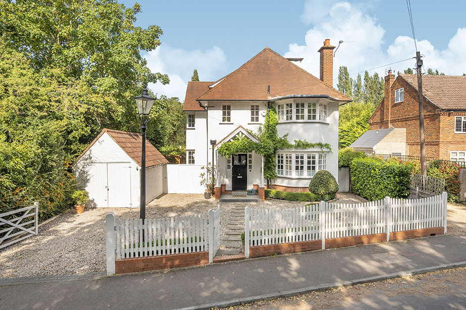 4 Bedrooms, Raleigh Drive, Claygate